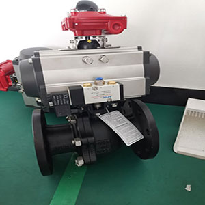 Q641F-16C气动法兰球阀,高平台气动软密封球阀